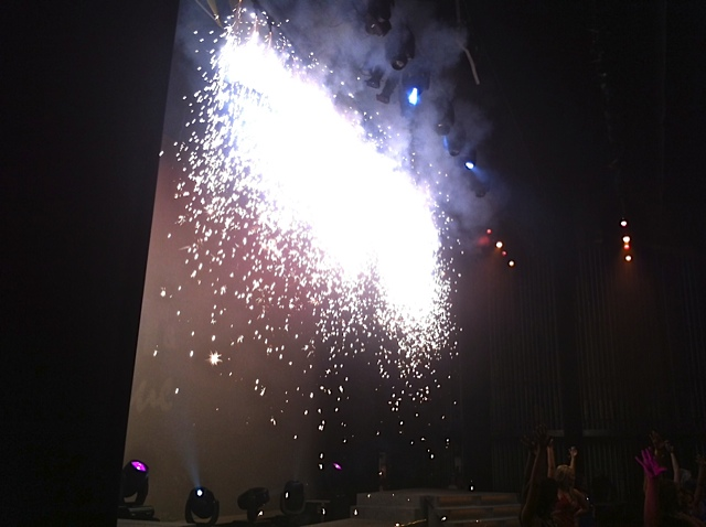 indoor pyrotechnics waterfall effect Miss florida