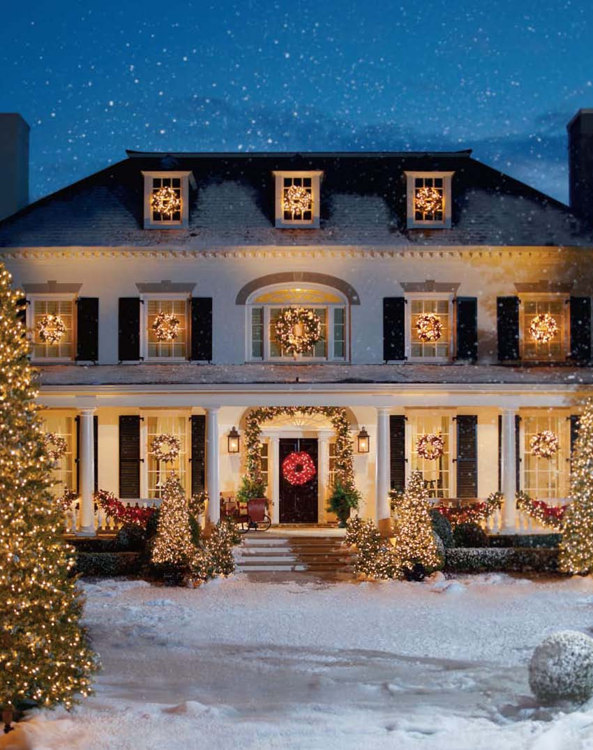 Special effects snow faux snow movie snow effects for Beautiful homes decorated for christmas